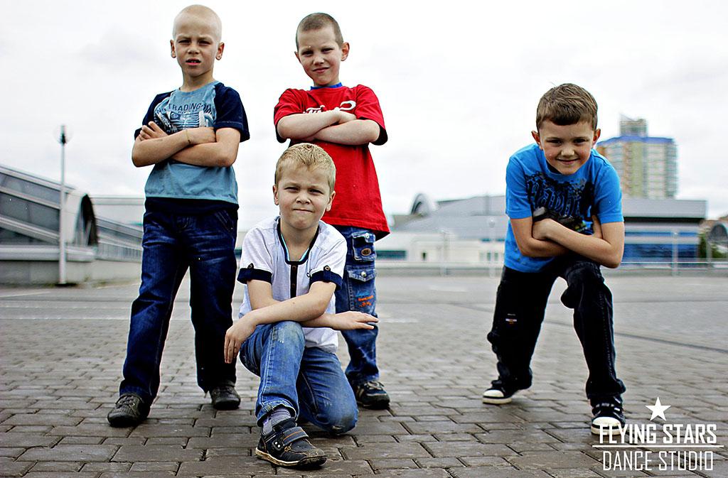 наши юные ученики по брейк-дансу